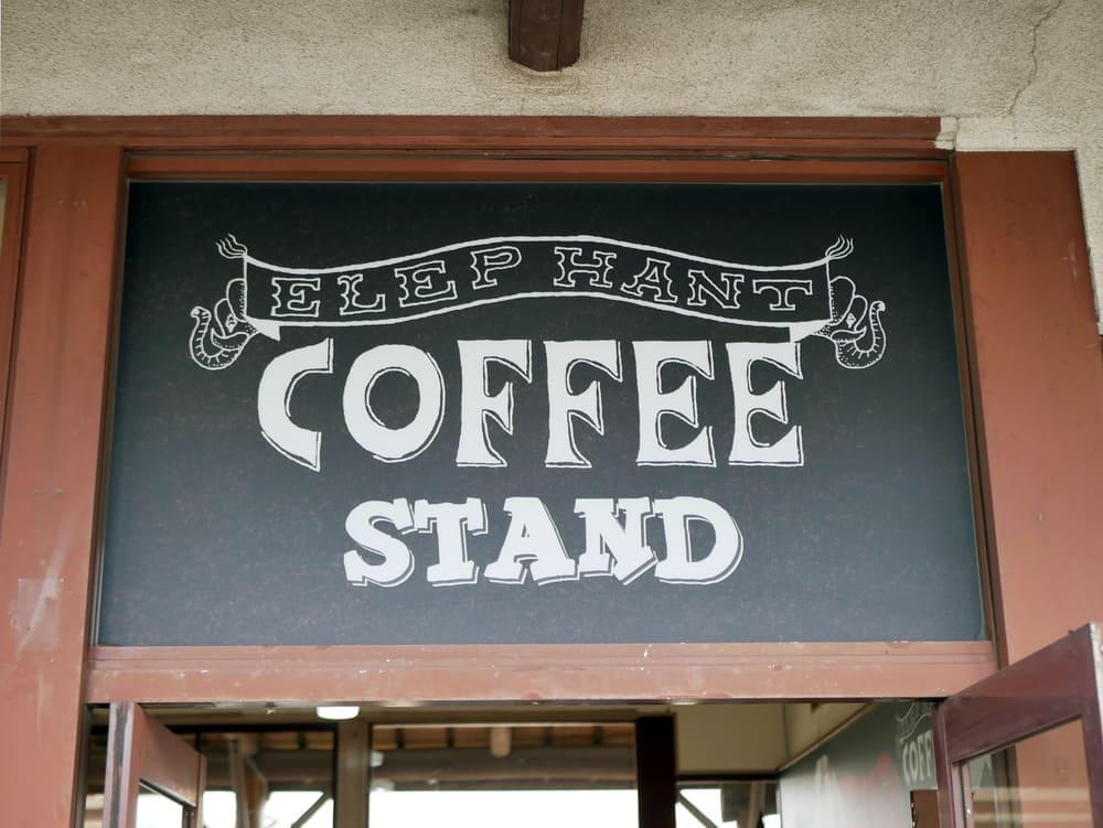 エレファントコーヒー看板