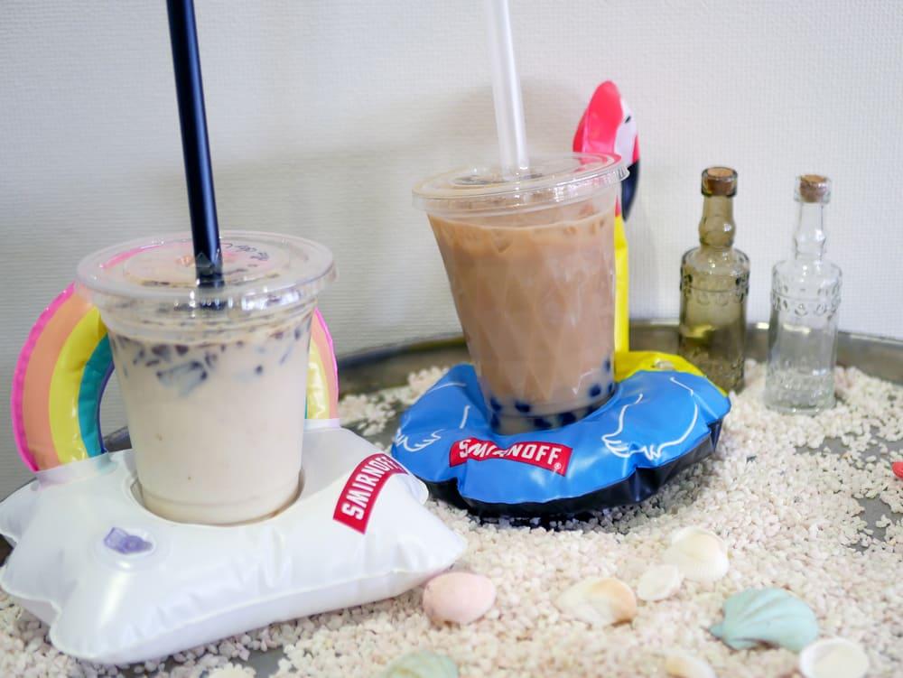 タピオカドリンクと氷カフェ