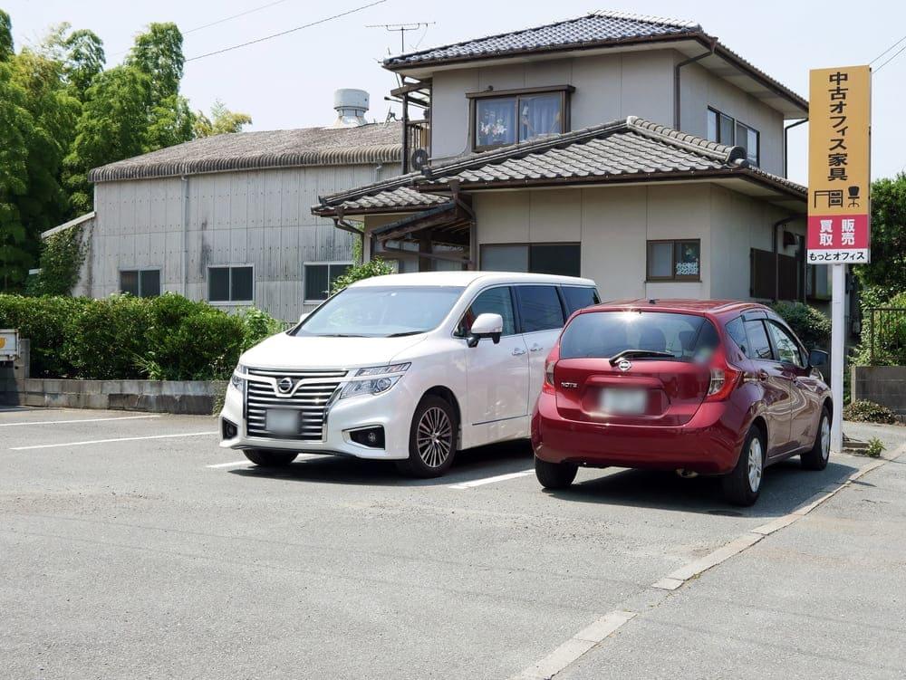 ANGIのお店横の駐車場